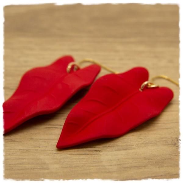 1 Paar Ohrhänger 50 mm matt rot in Blätterform