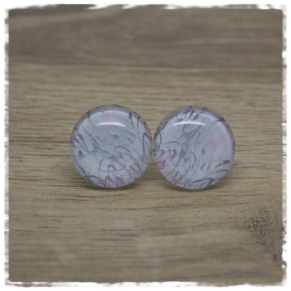 1 Paar Ohrstecker weiß mit Strichen in lila und grau