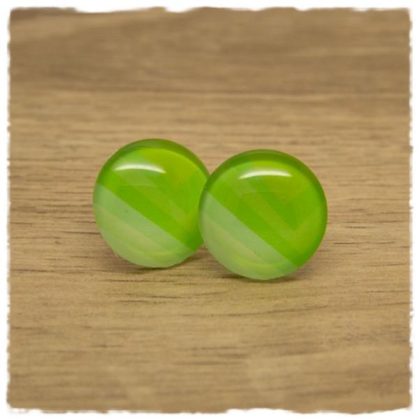 1 Paar Ohrstecker mit Muster in Grüntönen