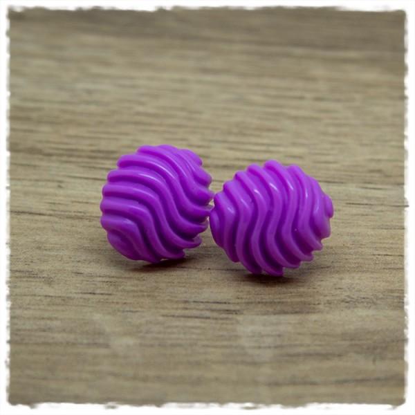 1 Paar Ohrstecker in 16 mm einfarbig lila mit Wellen