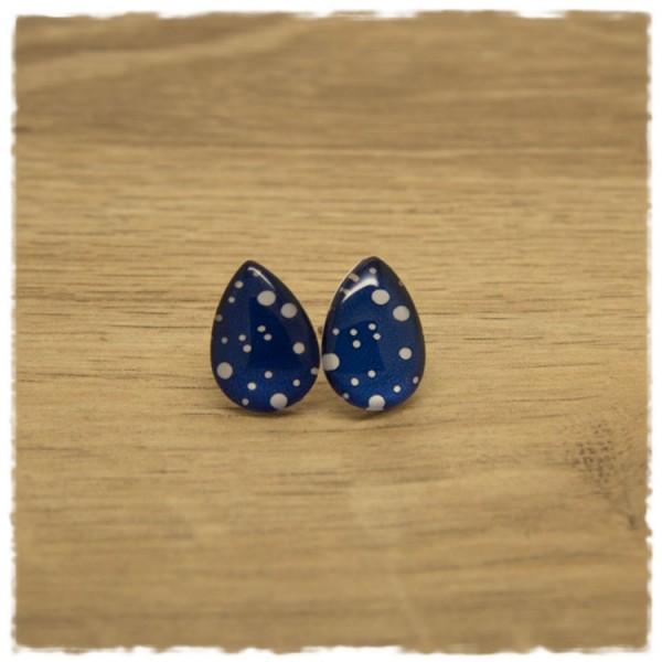 1 Paar kleine Ohrstecker in Tropfenform blau mit weißen Punkten