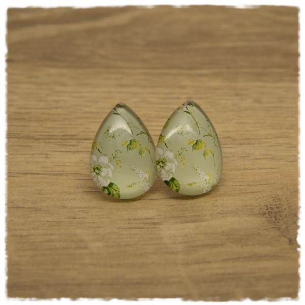 1 Paar große Ohrstecker in Tropfenform grün mit weißer Blüte