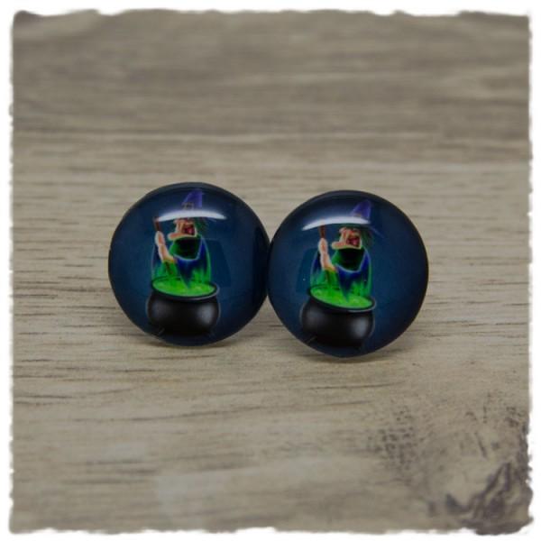 1 Paar Ohrstecker in 20 mm mit Hexe auf grauem Hintergrund