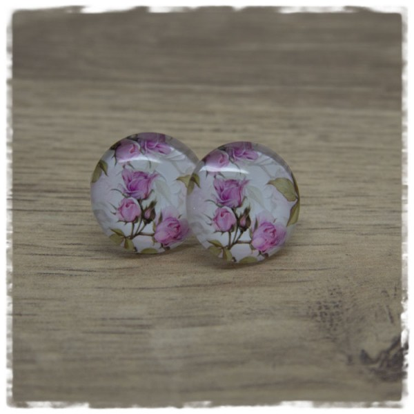 1 Paar Ohrstecker mit rosa Rosen und grünen Blättern