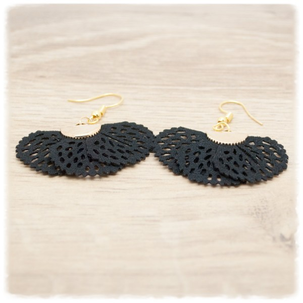 1 Paar Ohrhänger in 40 mm Fächer schwarz