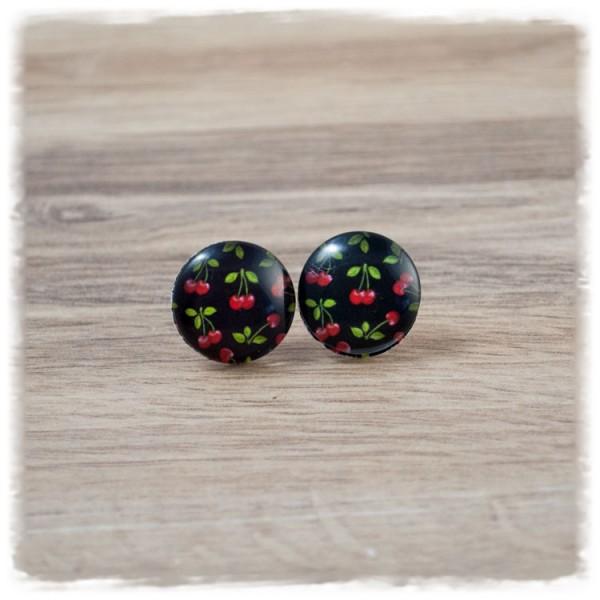 1 Paar Ohrstecker in 16 mm kleine Kirschen auf schwarzem Hintergrund (wahlweise als Ohrclips)