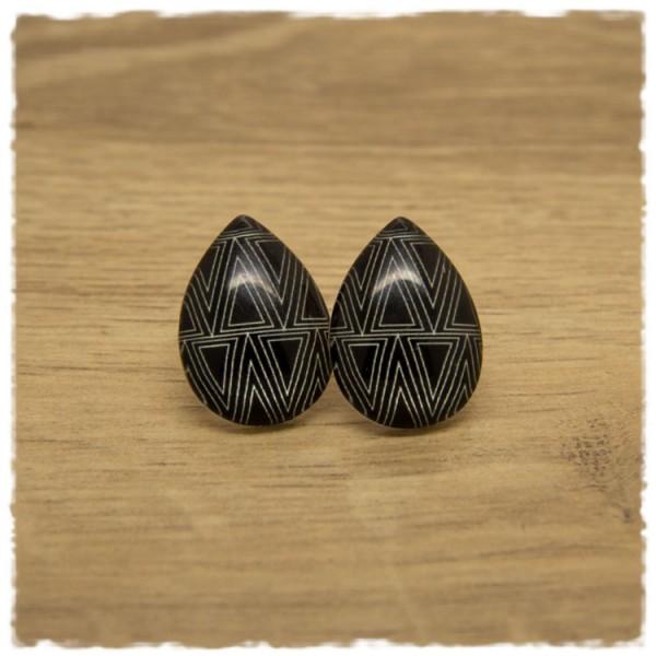 1 Paar große Ohrstecker in Tropfenform schwarz weiß gemustert
