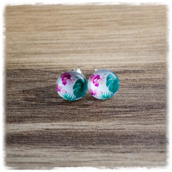 1 Paar Ohrstecker in 12 mm Blumen auf weißem Hintergrund