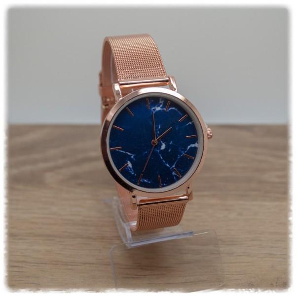 Armbanduhr rose mit blauem Ziffernblatt