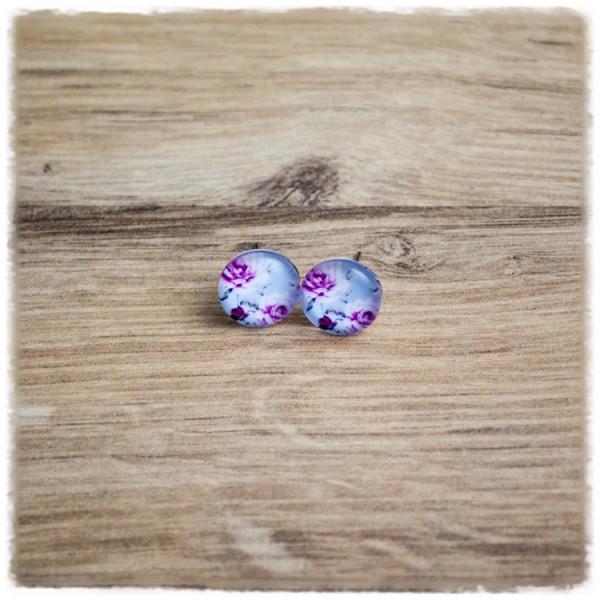 1 Paar Ohrstecker in 12 mm mit lila Blüten auf hellblauem Hintergrund