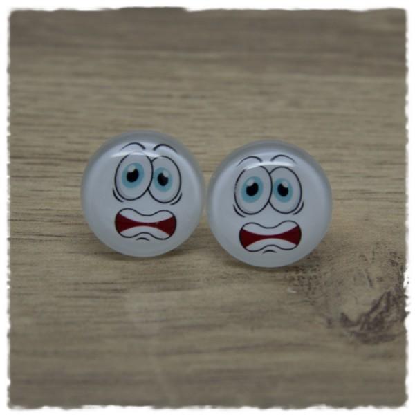 1 Paar Ohrstecker mit ängstlichem Gesicht