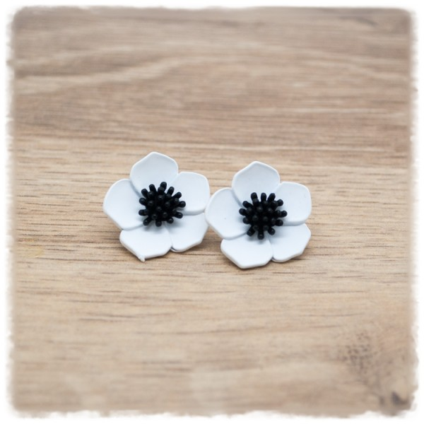 1 Paar Ohrstecker in 20 mm weiße Blüte