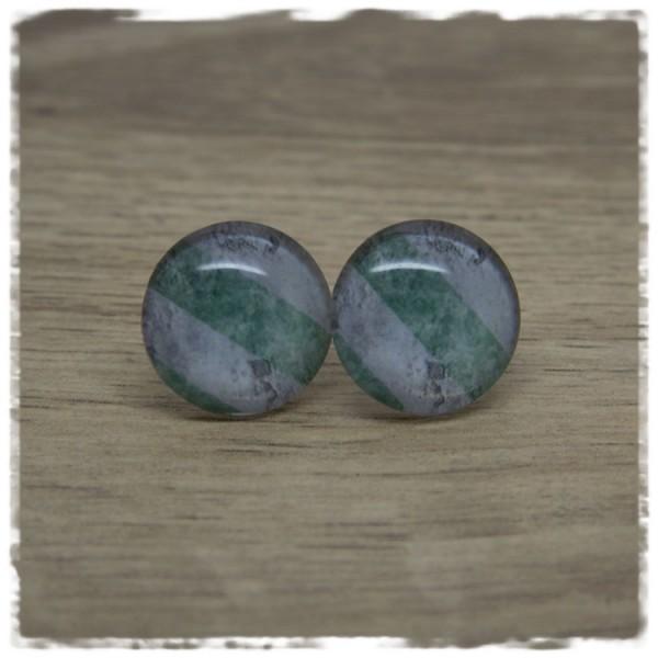1 Paar Ohrstecker grün grau gestreift