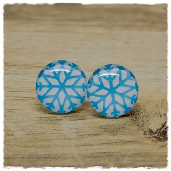 1 Paar Ohrstecker in 20 mm mit hellblauer Schneeflocke auf weißem Hintergrund