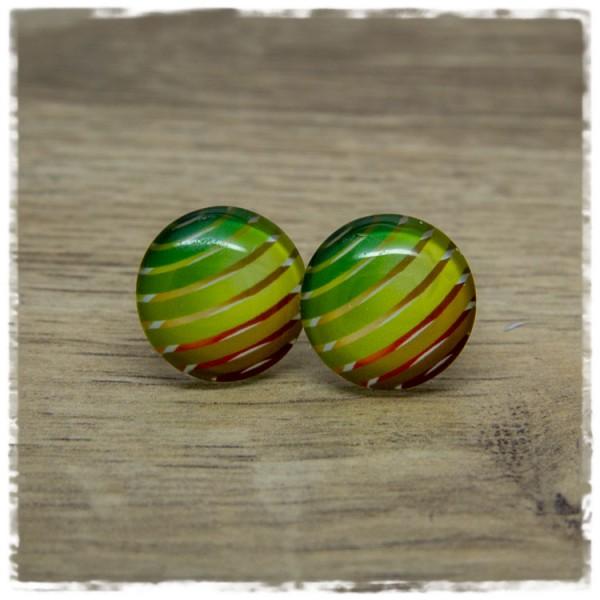 1 Paar Ohrstecker mit mehrfarbigen Ringen