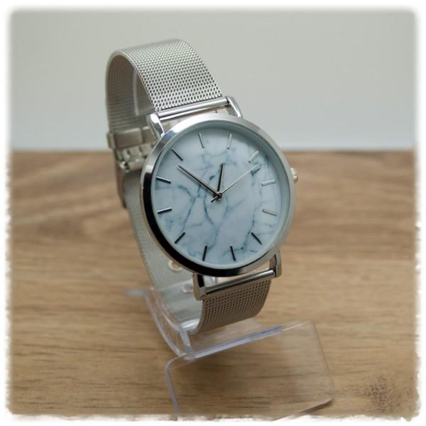 Armbanduhr silber mit weißem Ziffernblatt