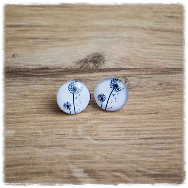 1 Paar Ohrstecker in 16 mm mit schwarzen Pusteblumen auf weißem Hintergrund (wahlweise als Ohrclips)
