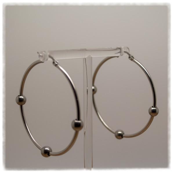 1 Paar Ohrhänger in 50 mm rund silber mit Kugeln
