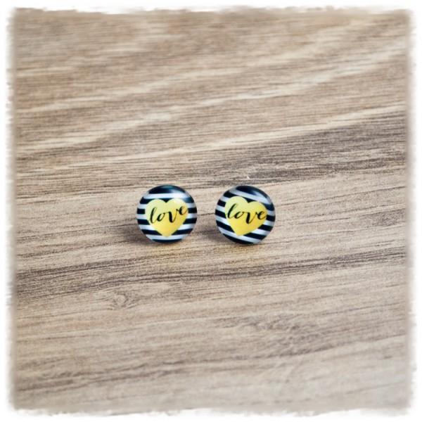 1 Paar Ohrstecker 12 mm schwarz weiß gestreift mit gelbem Herz und LOVE