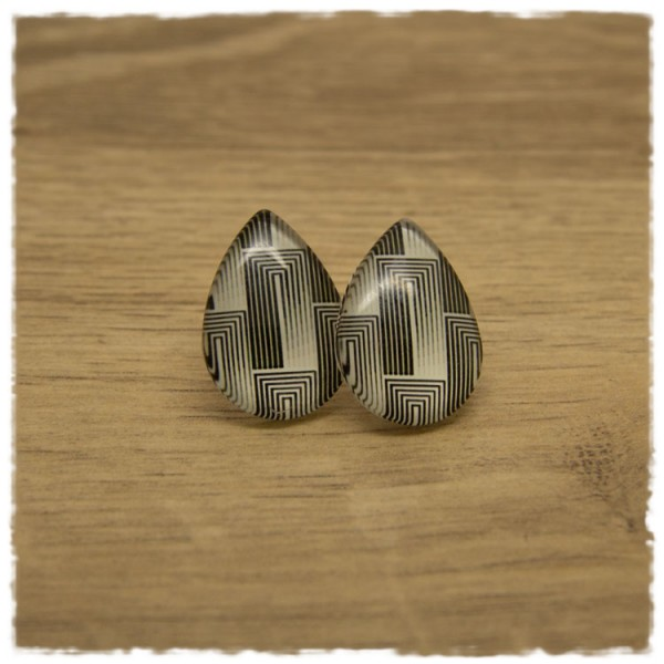 1 Paar große Ohrstecker in Tropfenform mit schwarz weißen Strichen