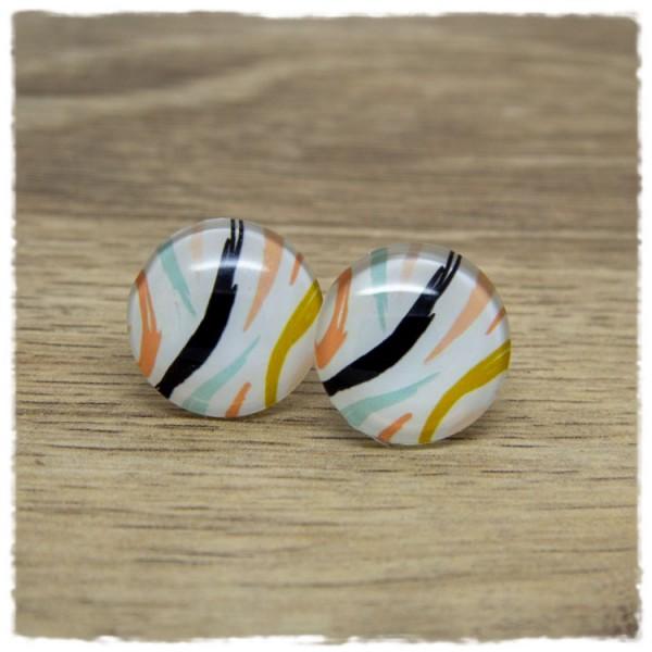 1 Paar Ohrstecker mit mehrfarbigen Strichen auf weißem Hintergrund