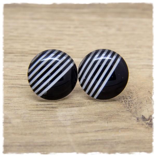 1 Paar Ohrstecker schwarz mit schwarzen und weißen Streifen