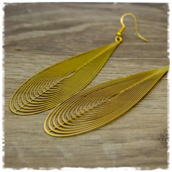 1 Paar Ohrhänger in 85 mm Tropfenform golden