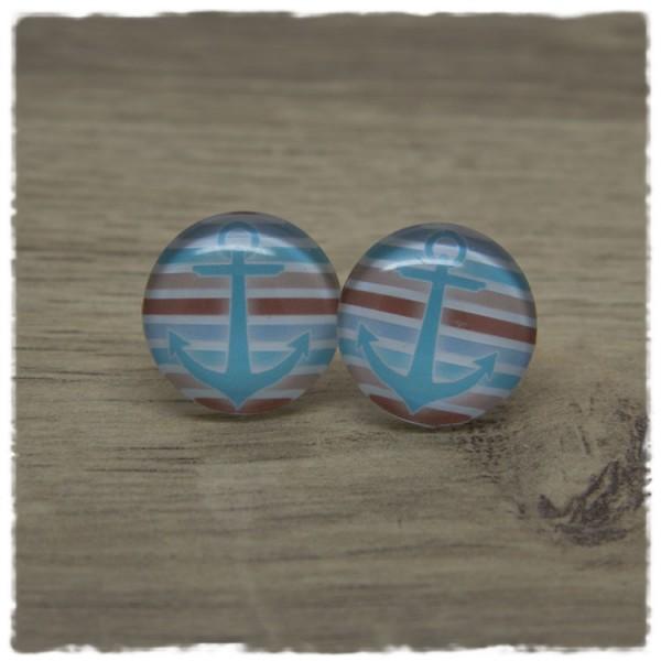 1 Paar Ohrstecker mit blauem Anker auf blauen, weißen und braunen Streifen