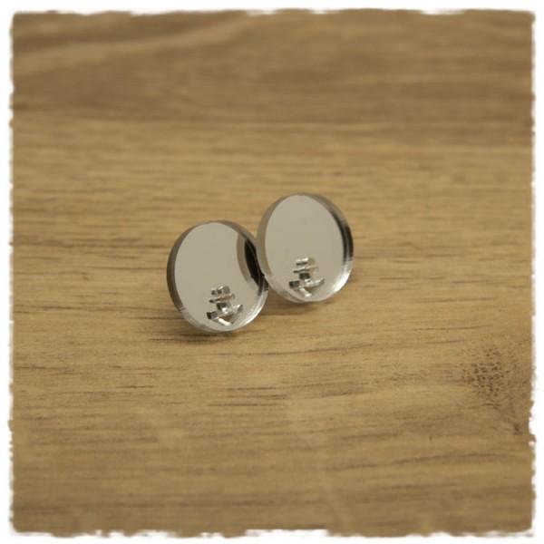 1 Paar flache Ohrstecker in 16 mm silbern spiegelnd mit Ankerausschnitt